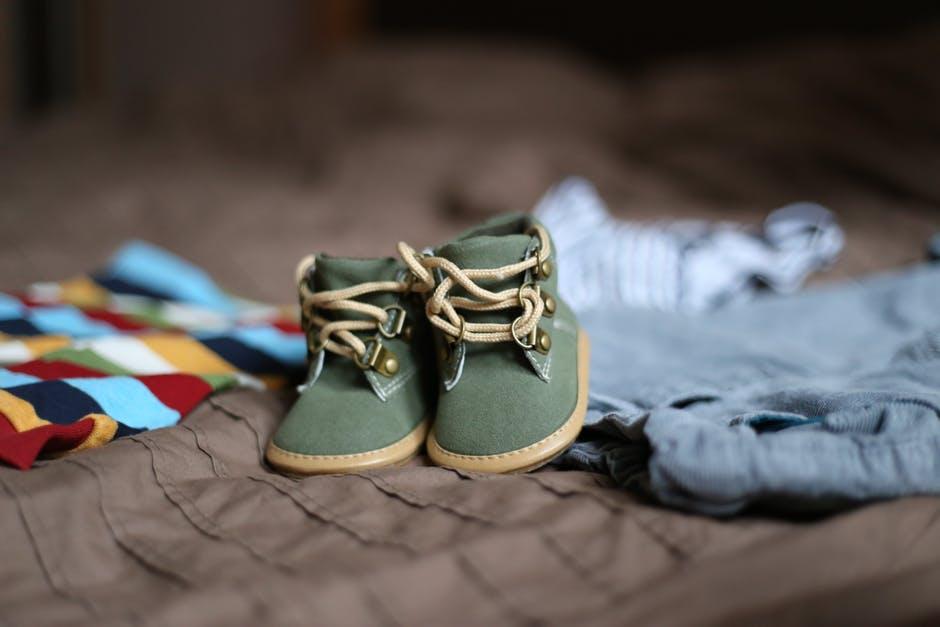 Os melhores locais para comprar sapatos para crianças
