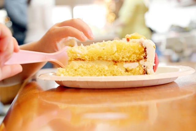 festas de aniversário baratas bolo