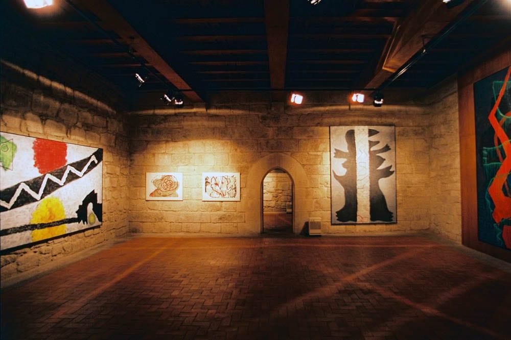 sala museu josé de guimarães