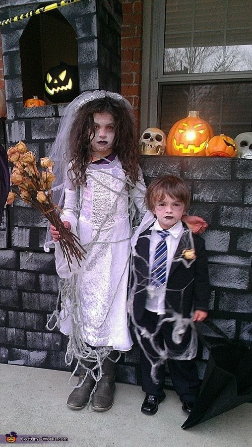 fatos de halloween zombies_casamento