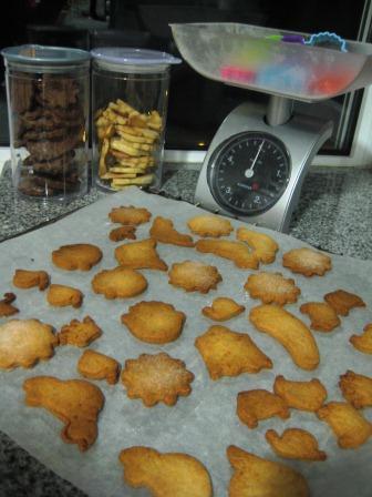 Bolachas deliciosas - receita passo a passo para fazer com crianças