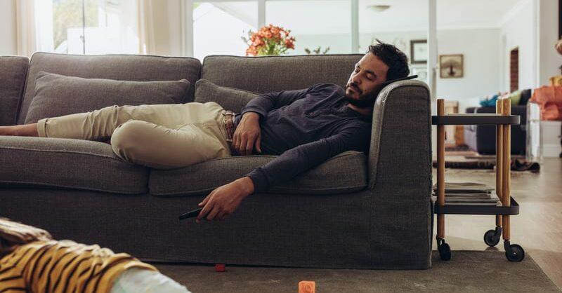 Como anda o sono aí em casa?