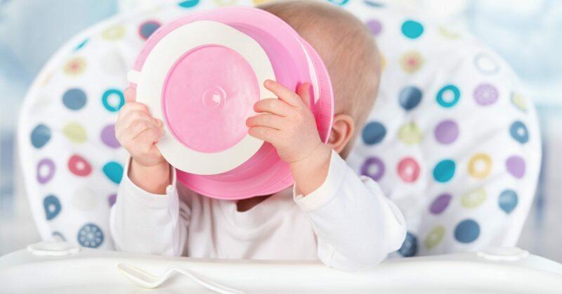 Alimentação a partir de um ano: o que evitar após o 1º aniversário do bebé?