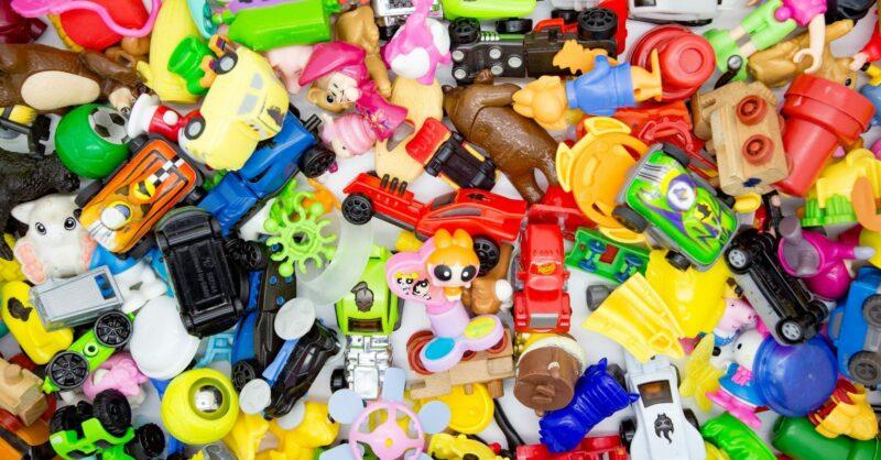 destralhar brinquedos arrumações de natal