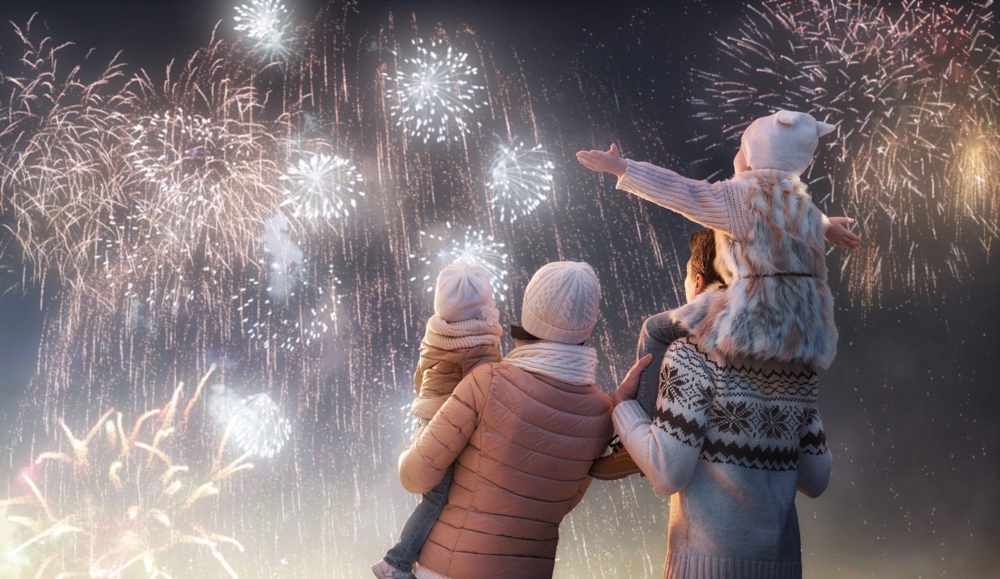 As melhores sugestões celebrar Ano Novo Família
