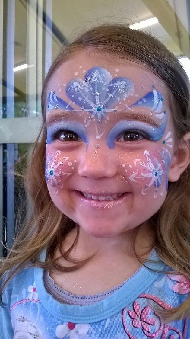 Ideias e truques para Pinturas Faciais para o Halloween: maquilhagem frozen