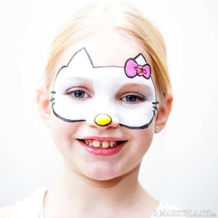 Ideias e truques para Pinturas Faciais para o Halloween: maquilhagem de hello kity
