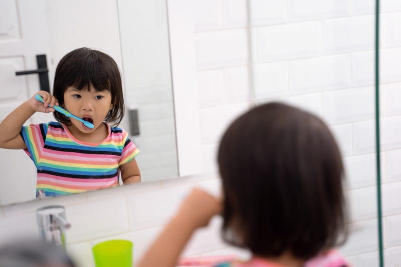 higiene dentária infantil