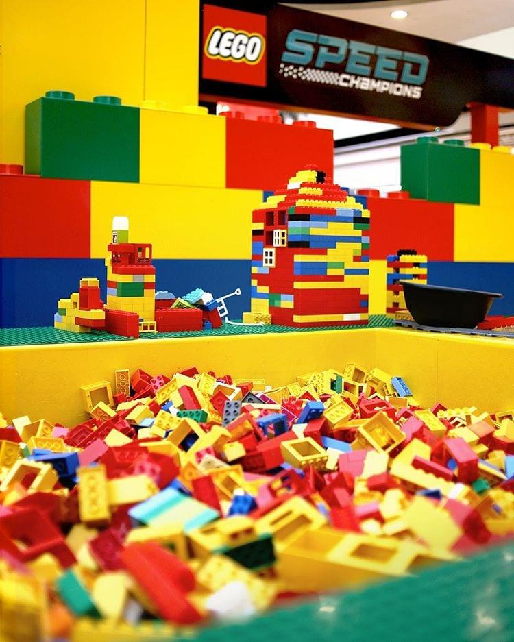 LEGO® Fan Factory no UBBO