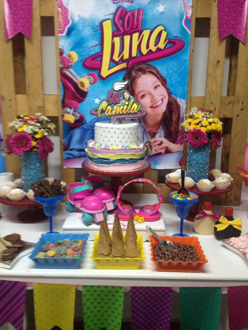 soy Luna party