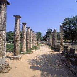 Olímpia, na Grécia, no ano 776 a.C.
