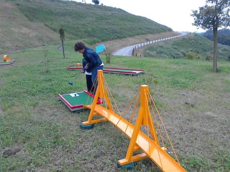 Parque Aventura de Vialongo: de aterro sanitário a espaço para famílias!