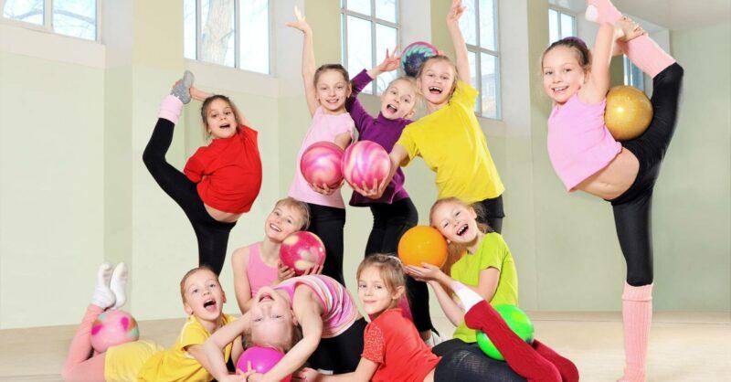As melhores escolas de ginástica acrobática – e outras! – para as crianças