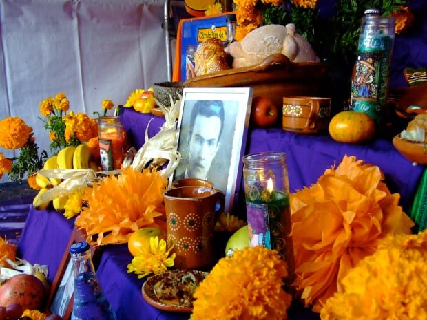 Como é que é celebrado o Halloween no México? E na Irlanda?