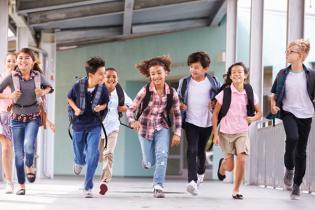 10 atividades extracurriculares seus filhos vão adorar onde as encontrar