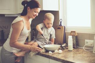 Como promover participacão crianca nas lides domésticas?