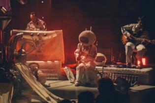 Espetáculo Primeira Viagem Espaço