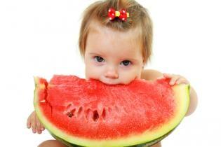 Fotografias fresquinhas com melancia!