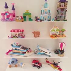 No quarto das criancas: estante legos