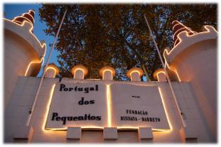 O Natal está chegar Portugal dos Pequenitos