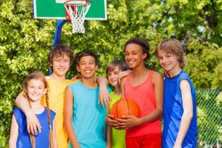 Oito motivos seus pequenotes praticarem desporto