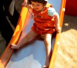 parques jardins infantis primavera