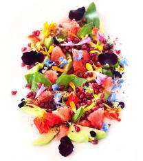 Salada frutas flores