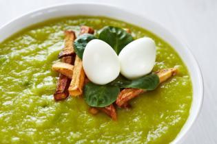 Sopa ovos dragão… ervilhas, courgette bróculos