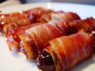 Tâmaras bacon