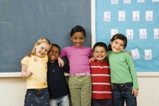 Transformar 1º dia Escola memórias coloridas