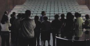 Um teatro por dentro por fora