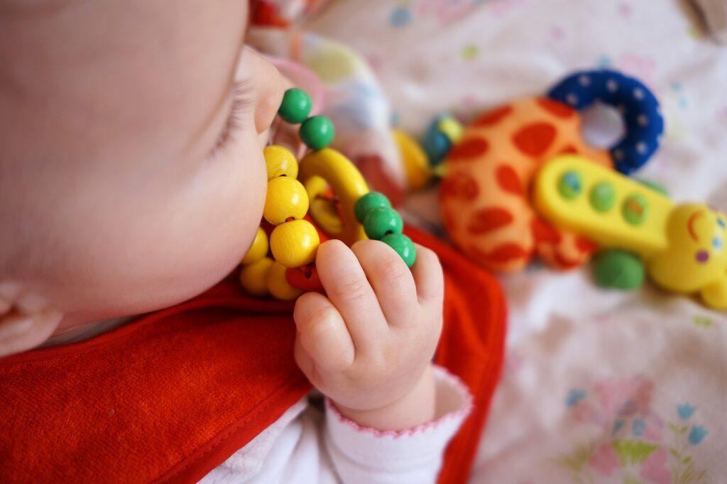 Oficina Criativa para bebés no MAAT - O Amarelo Escondido na Mão