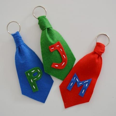 gravata-porta-chaves