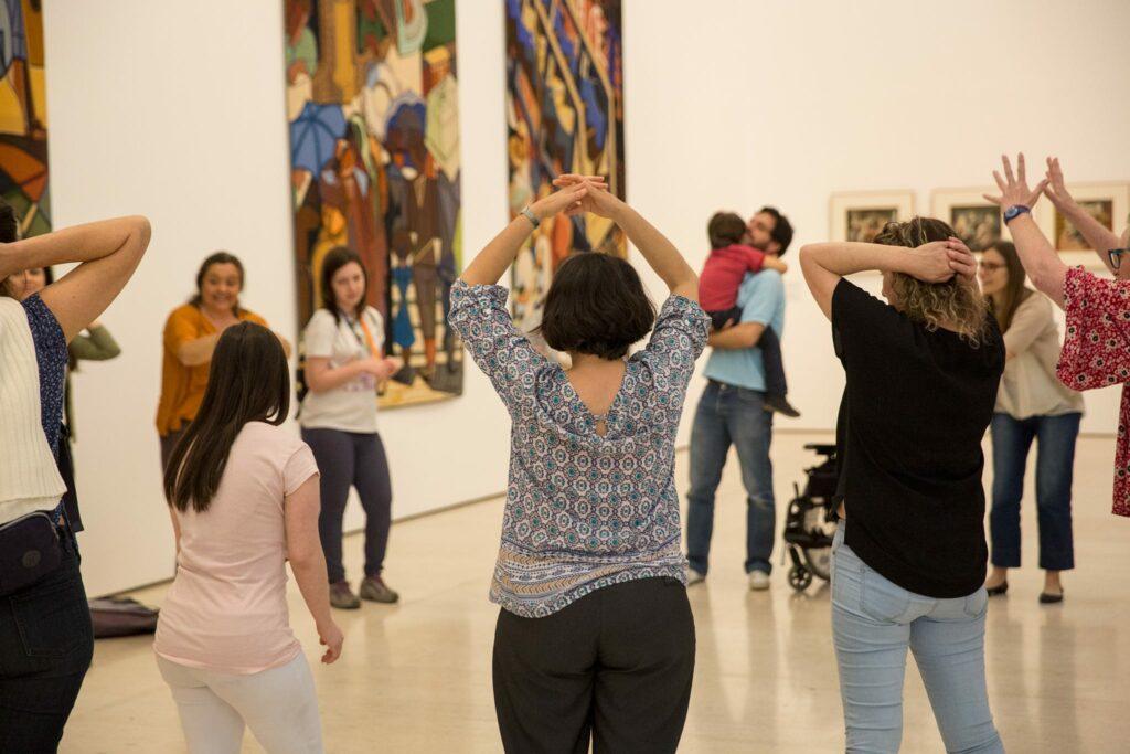 Arte Acessível - Visita dancada