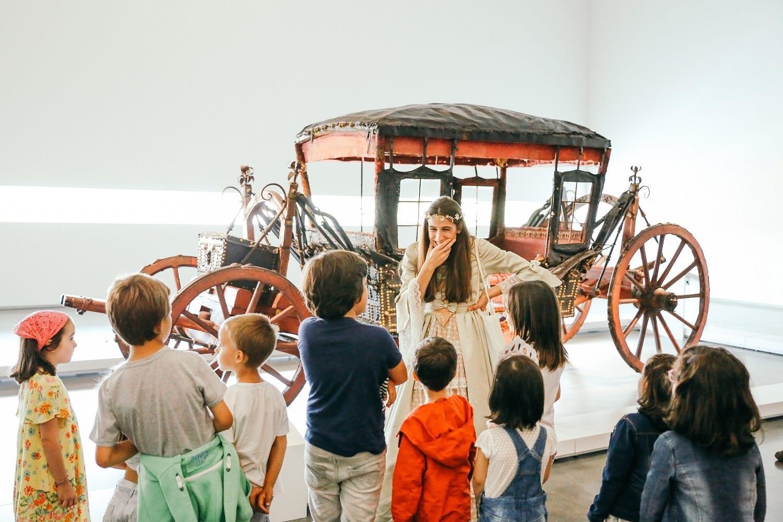 A Rainha mostra o museu