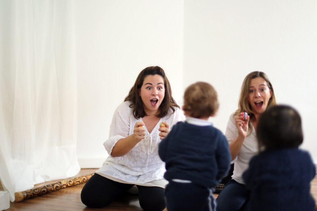 Concertos teatrais interactivos para bebés e crianças