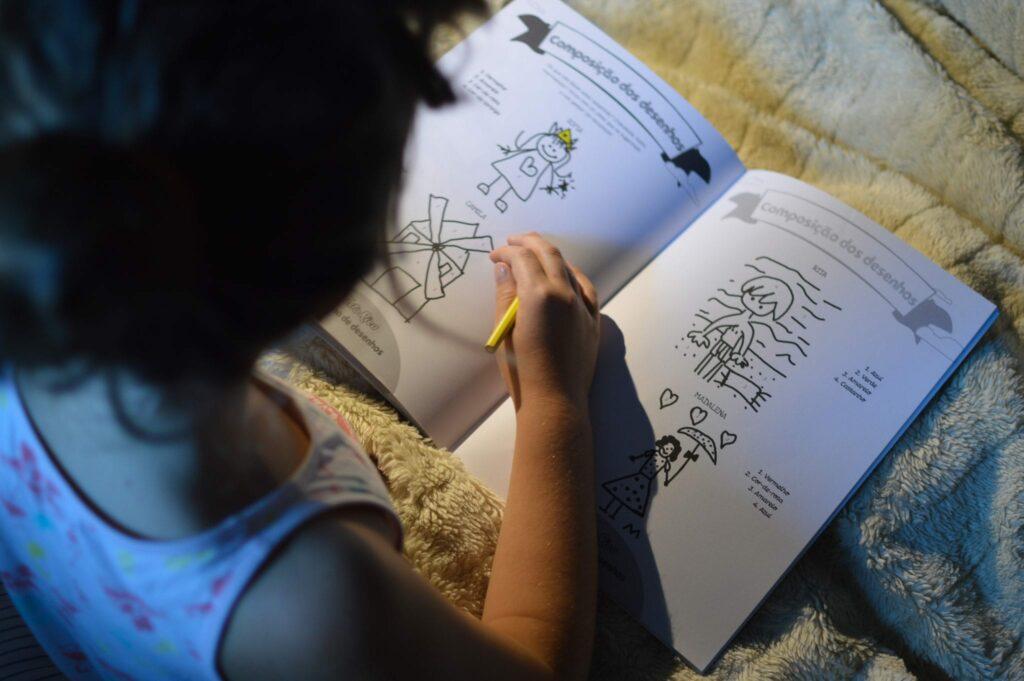 Caderno solidário Tosta Rica