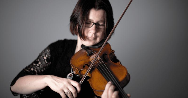 Aulas de Violino em Cascais com a Corcova Música