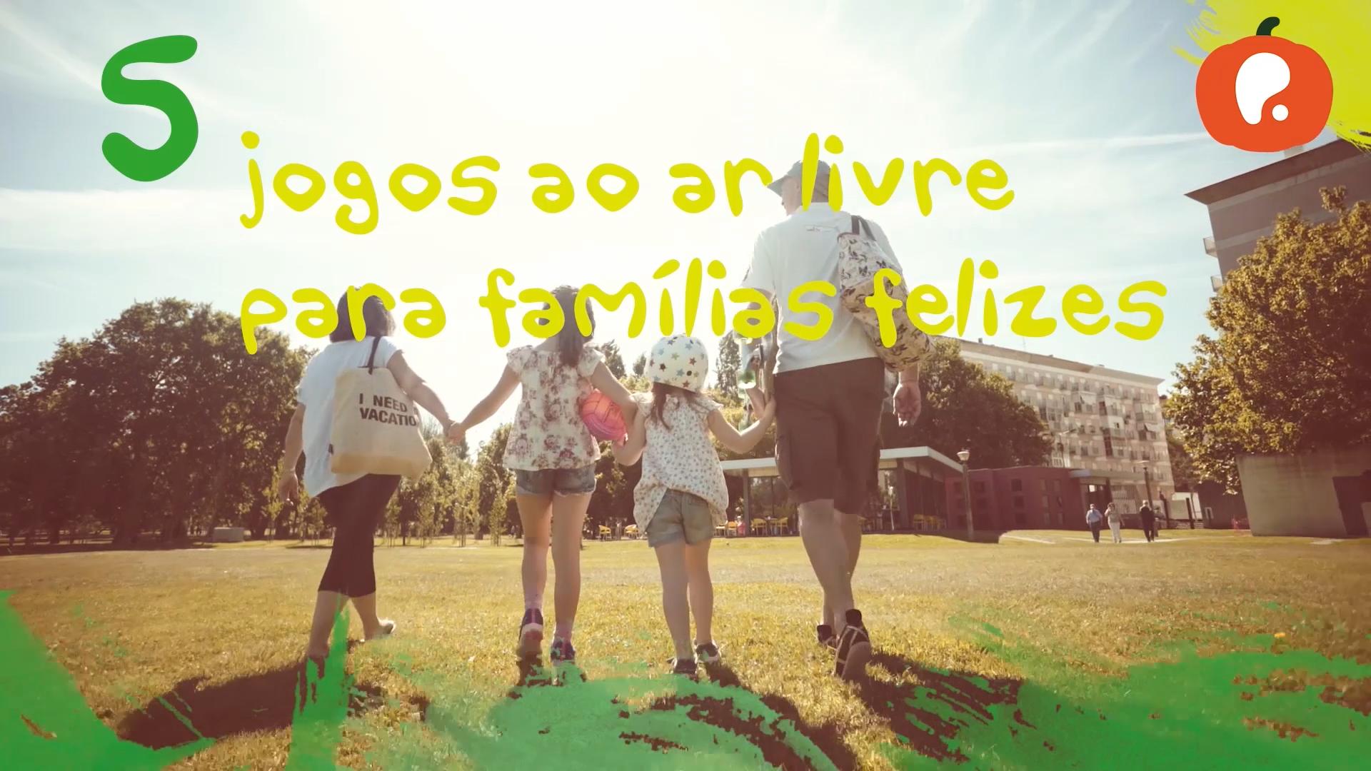 5 jogos ao ar livre para famílias felizes