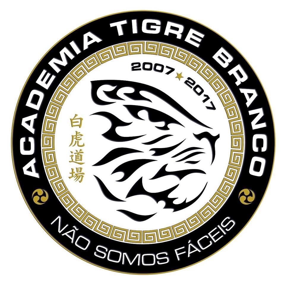Academia Tigre Branco