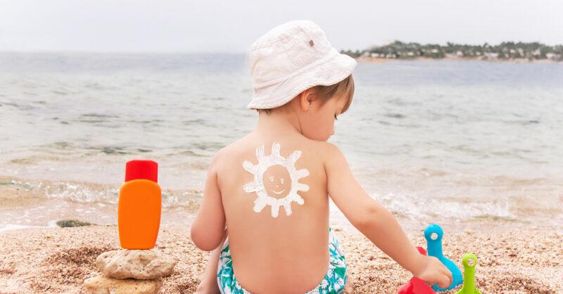 Porque é que deve escolher um protetor solar de mineral?
