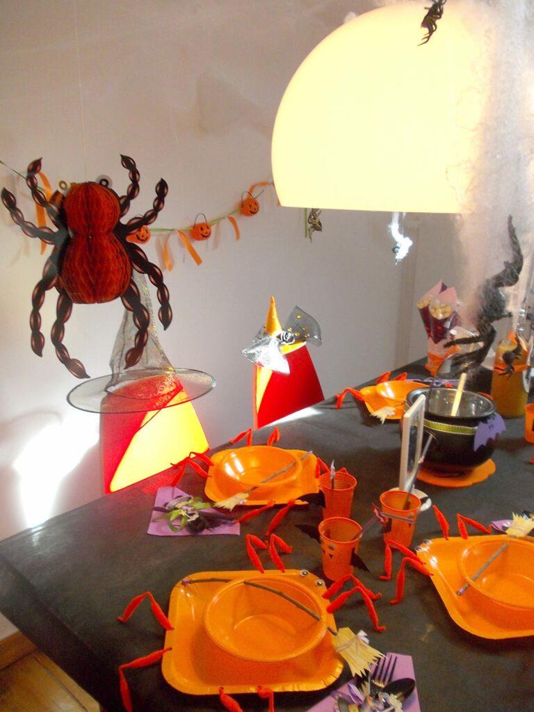 Decoração de Halloween - Pratos