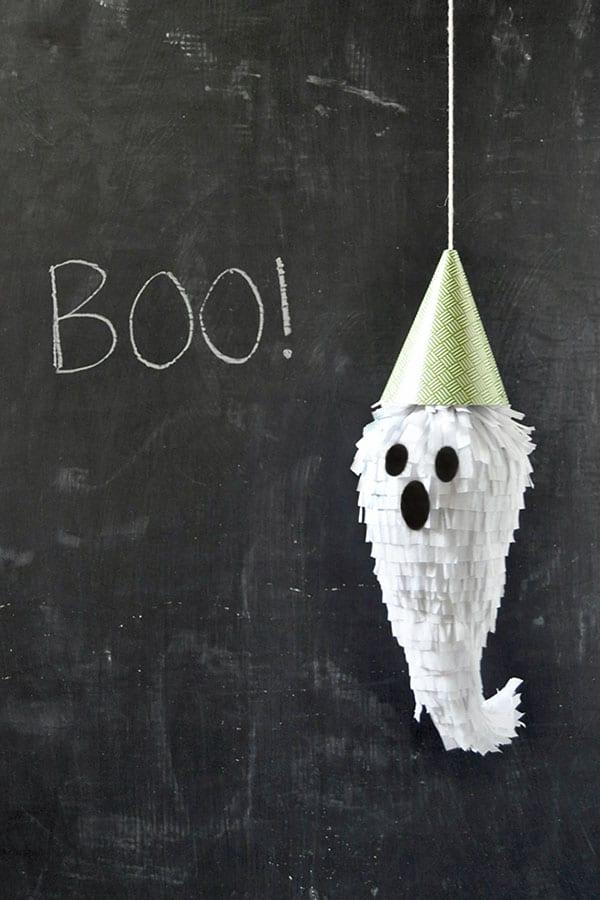 Pinhata fantasma halloween