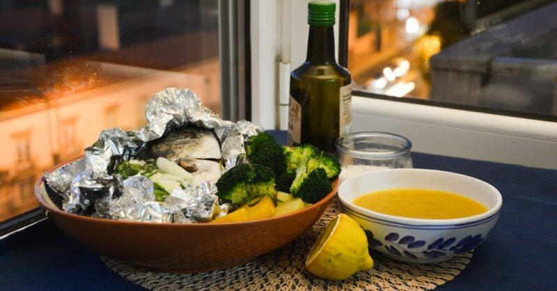 Receita de dourada cozida a vapor e sopa de cenoura