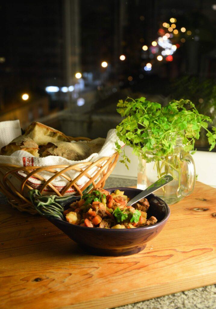 Receita de jardineira de carne e legumes alto