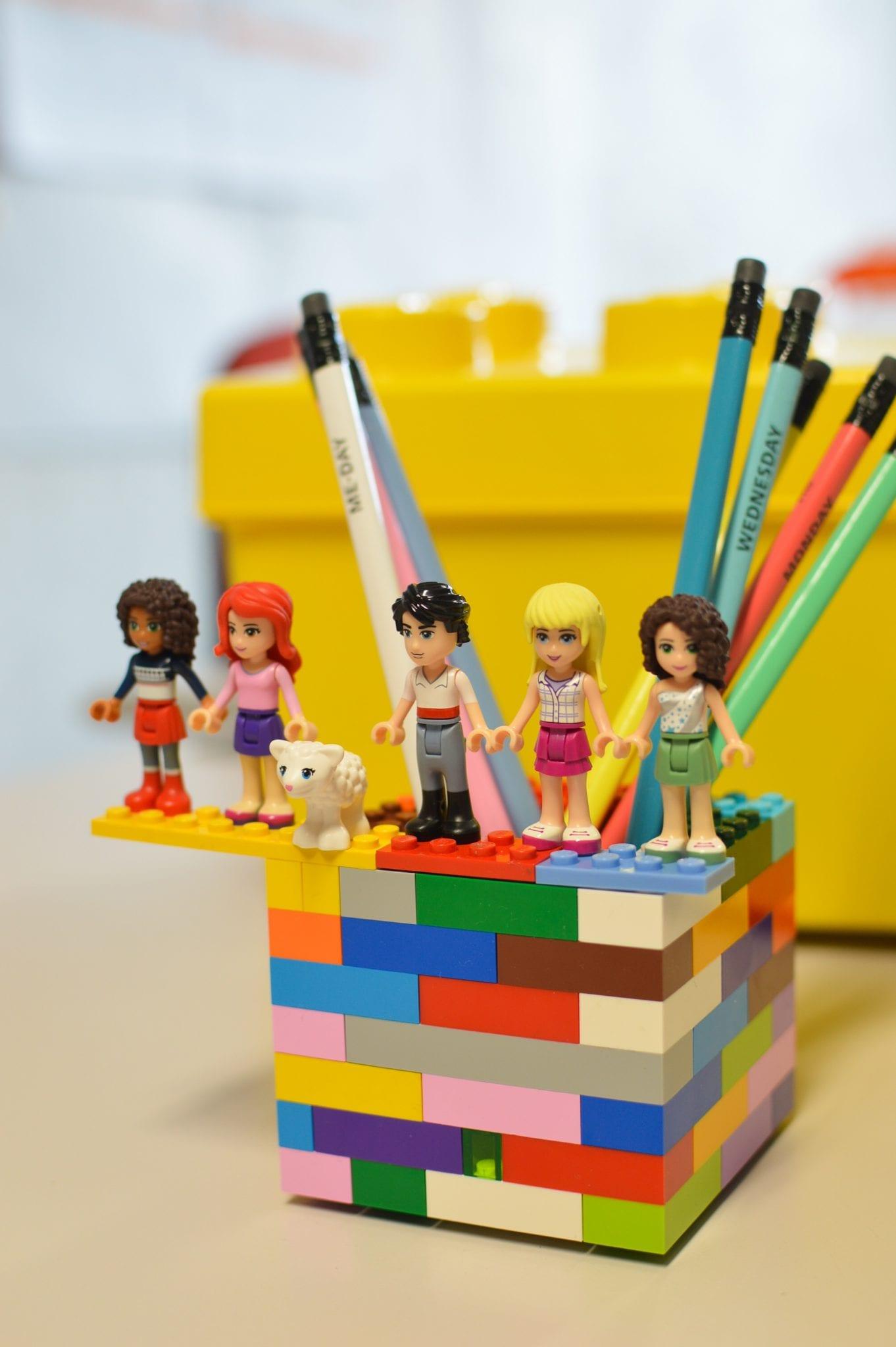 porta lápis em lego