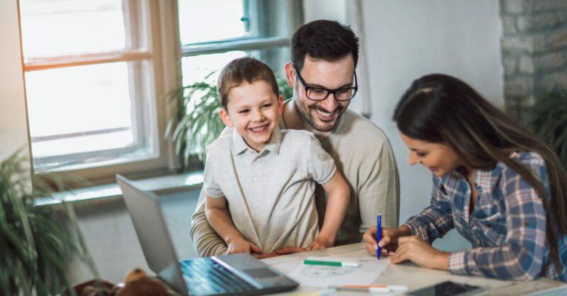 Famílias mais unidas: 5 dicas para semear a felicidade (em casa e na quarentena)