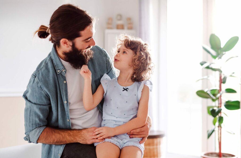 famílias felizes comunicam