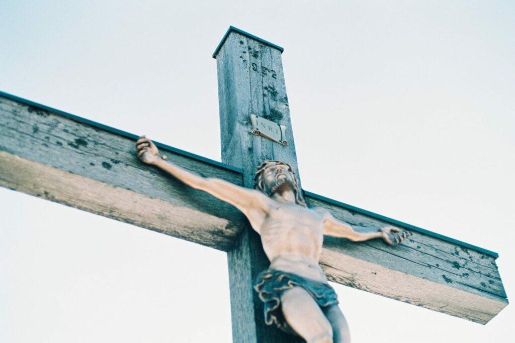 o que é a páscoa Jesus Cruz