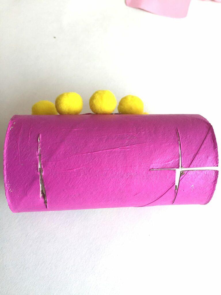 DIY papel higiénico llamas 12
